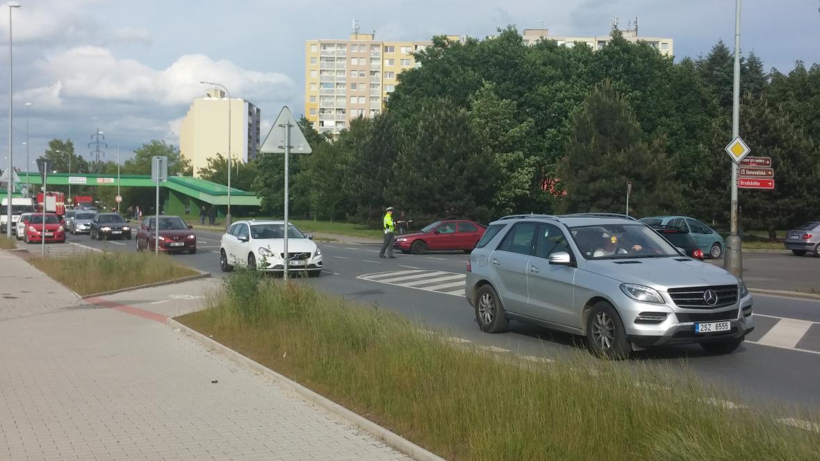 Dopravu v okolí sportovní haly řídí policie