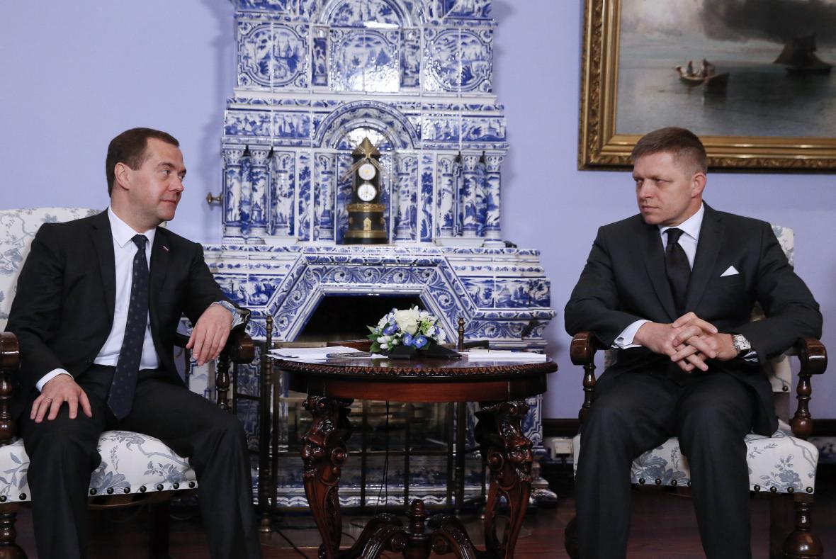 Dmitrij Medvěděv a Robert Fico