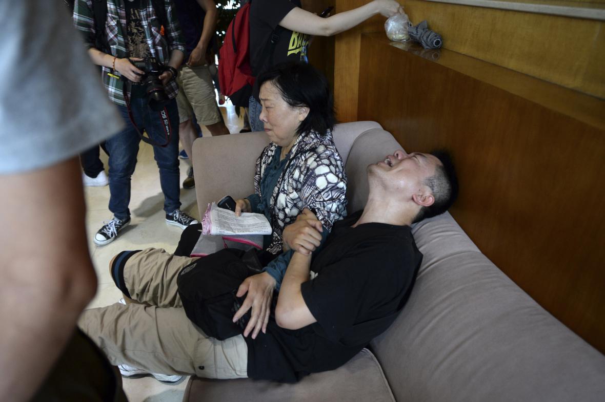 Na čínské potopené lodi cestovalo téměř 460 pasážerů