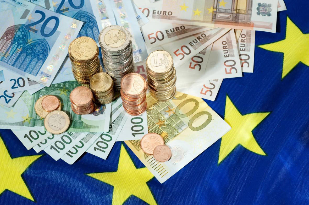 Česko si na euro ještě počká