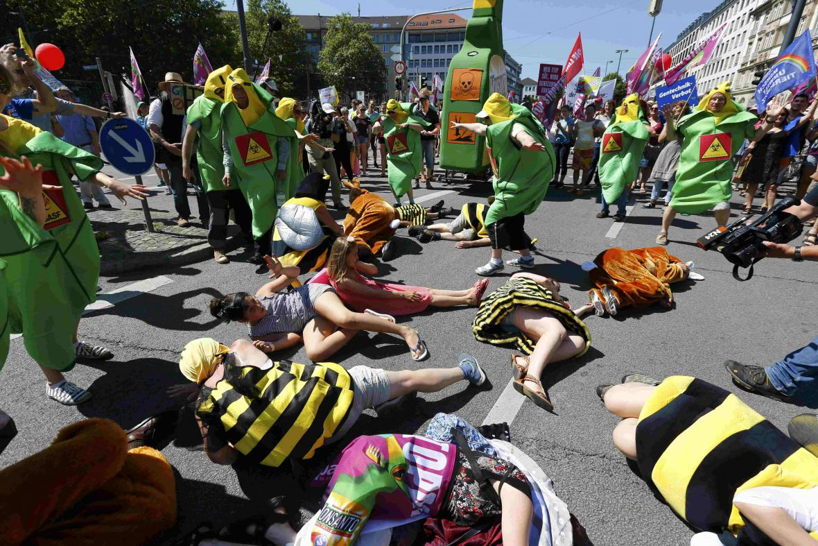Demonstrace proti summitu G7 v Mnichově