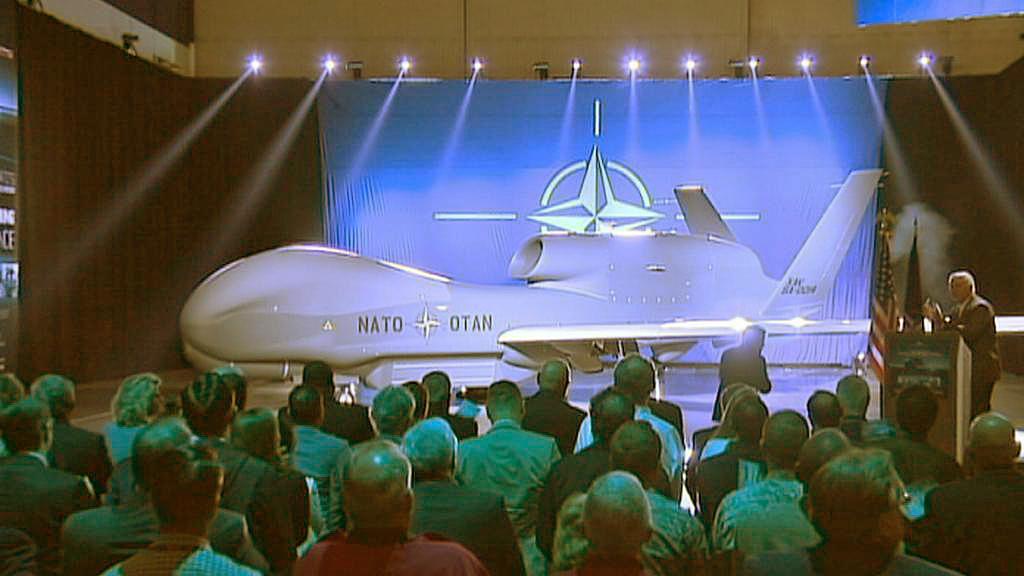 Představení dronu Global Hawk pro Severoatlantickou alianci