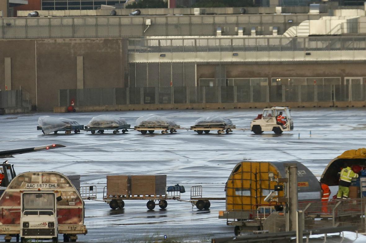 Převoz ostatků obětí nehody Germanwings