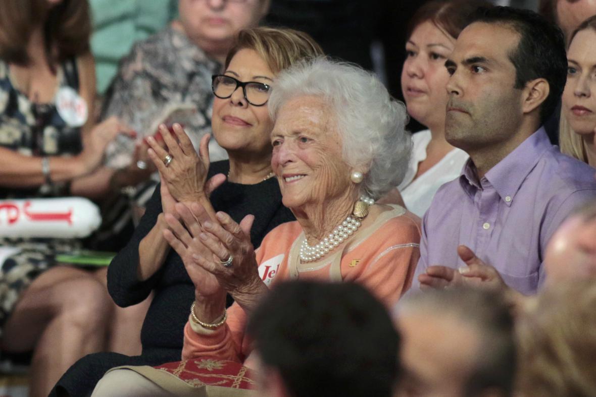 Barbara Bushová sledovala oznámení prezidentské kandidatury dalšího svého syna