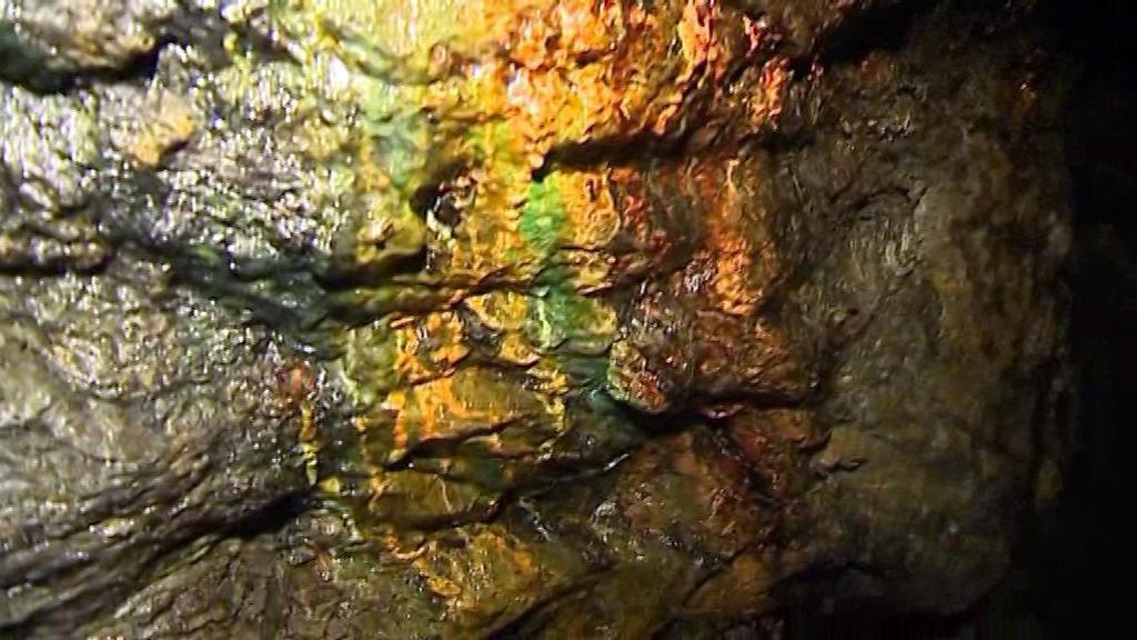 Historická zlatorudná štola ve Zlatých Horách otevírá