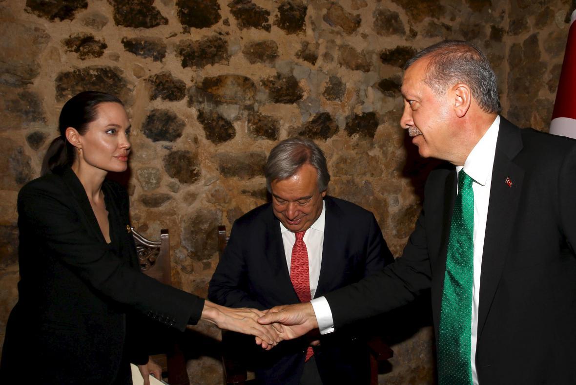 Angelina Jolie a turecký prezident Recep Tayyip Erdogan