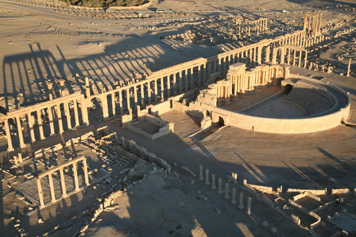 Džihádisté prý zaminovali Palmýru