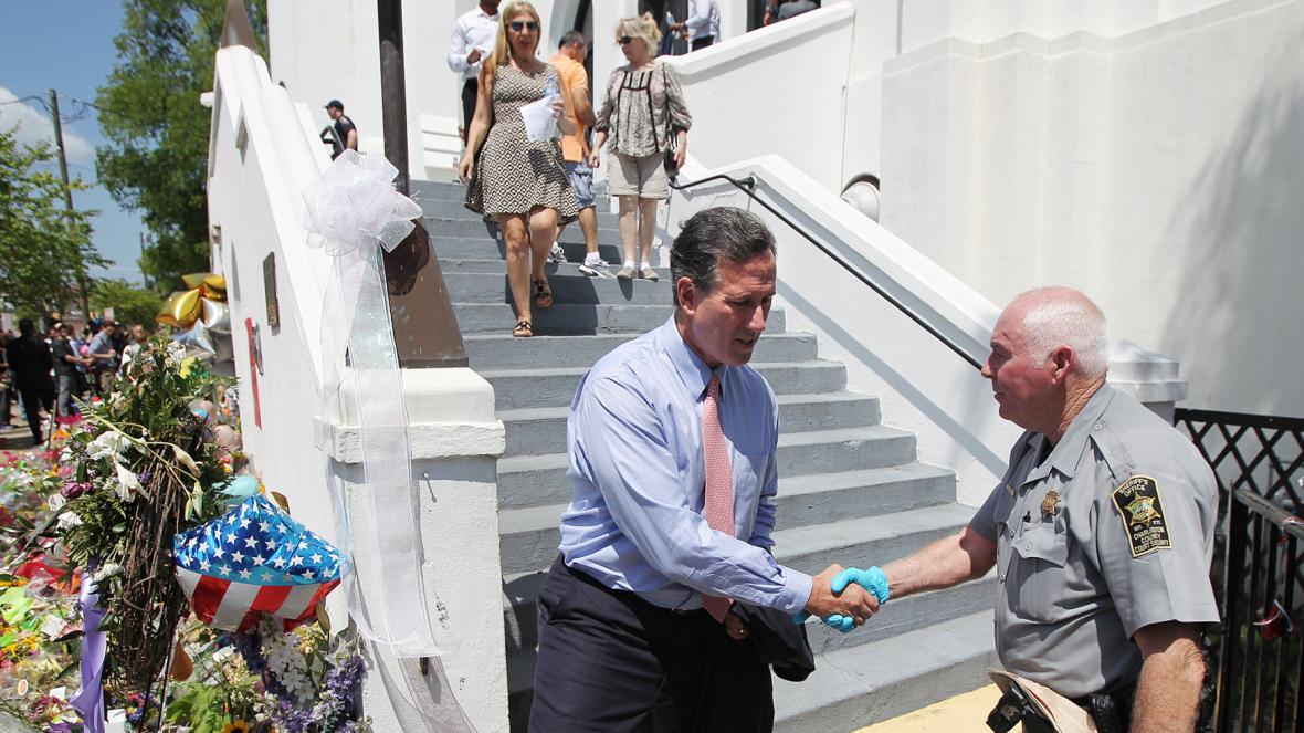 Mše se zúčastnil i kandidát na prezidenta Rick Santorum
