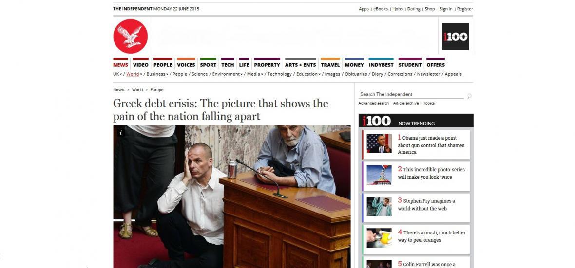 Řecký ministr financí Janis Varufakis přemýšlí co nabídne věřitelům