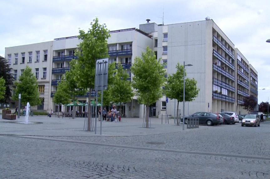 Budova CMC Graduate School of Business v Čelákovicích