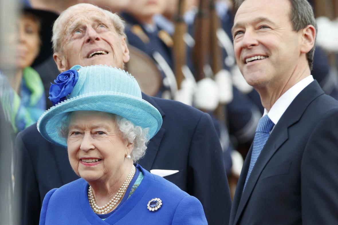 Alžběta II. přistála v Berlíně před sedmou hodinou večer