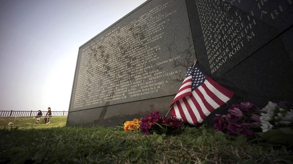 Pomník padlých Američanů na Okinawě