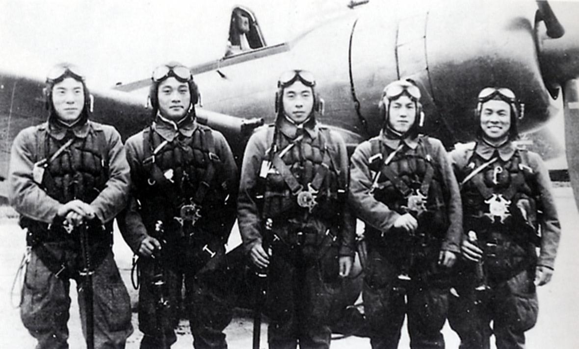 Při bojích o Okinawu zemřelo na 1500 pilotů kamikadze
