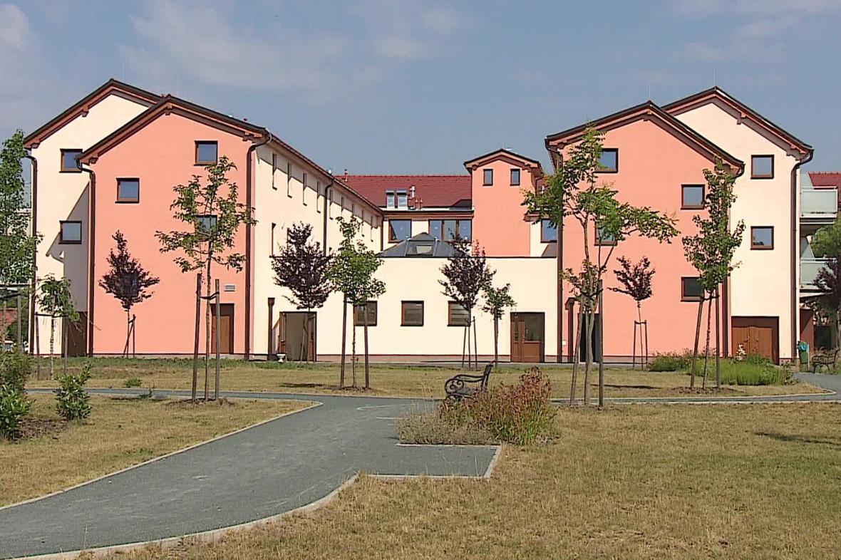 Bývalé JZD ve Vranovicích se změnilo v domov pro seniory