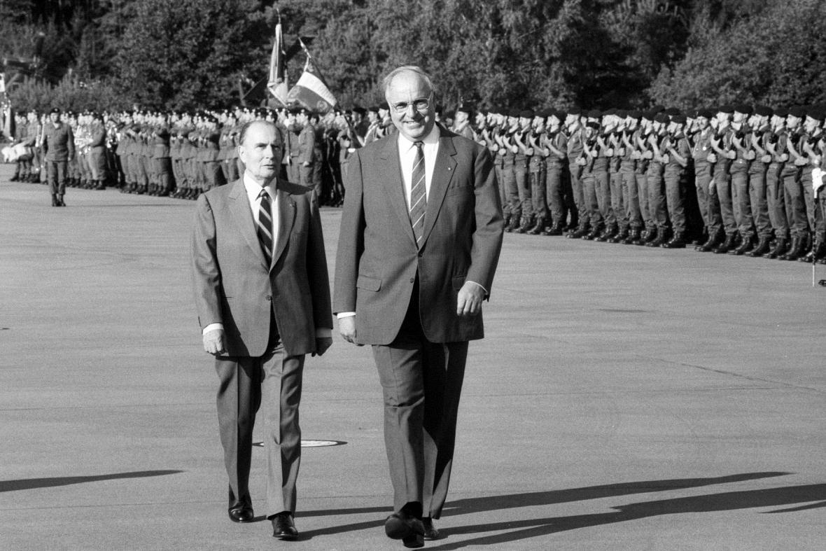 Francois Mitterrand a Helmut Kohl