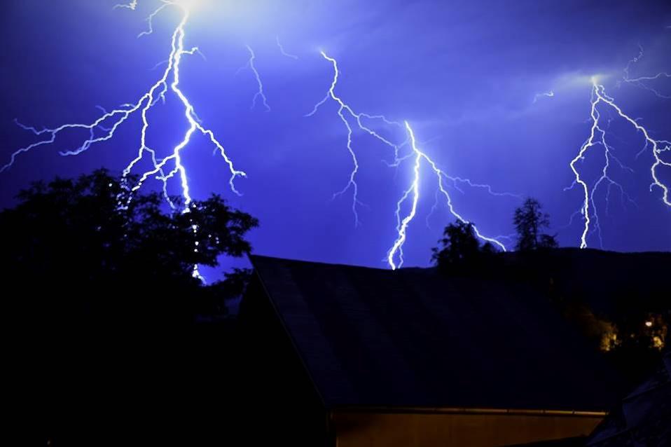 Noční bouřka nad Horním Jiřetínem
