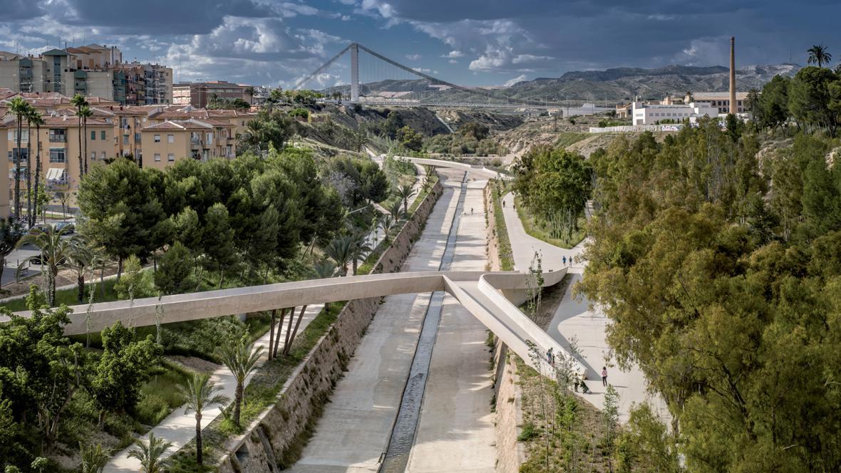 """""""Propletené údolí"""", Elche, Španělsko"""