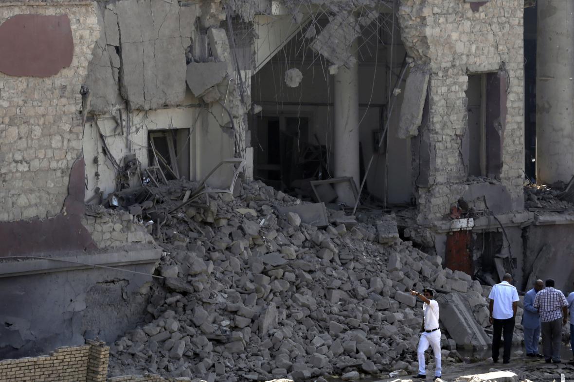 Exploze poničila italský konzulát v Káhiře