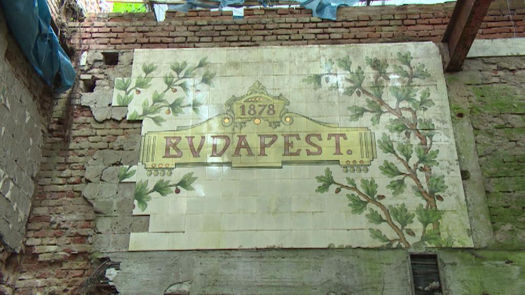 Při opravě Ottova pavilonu dělníci objevili mozaiku z 19. století
