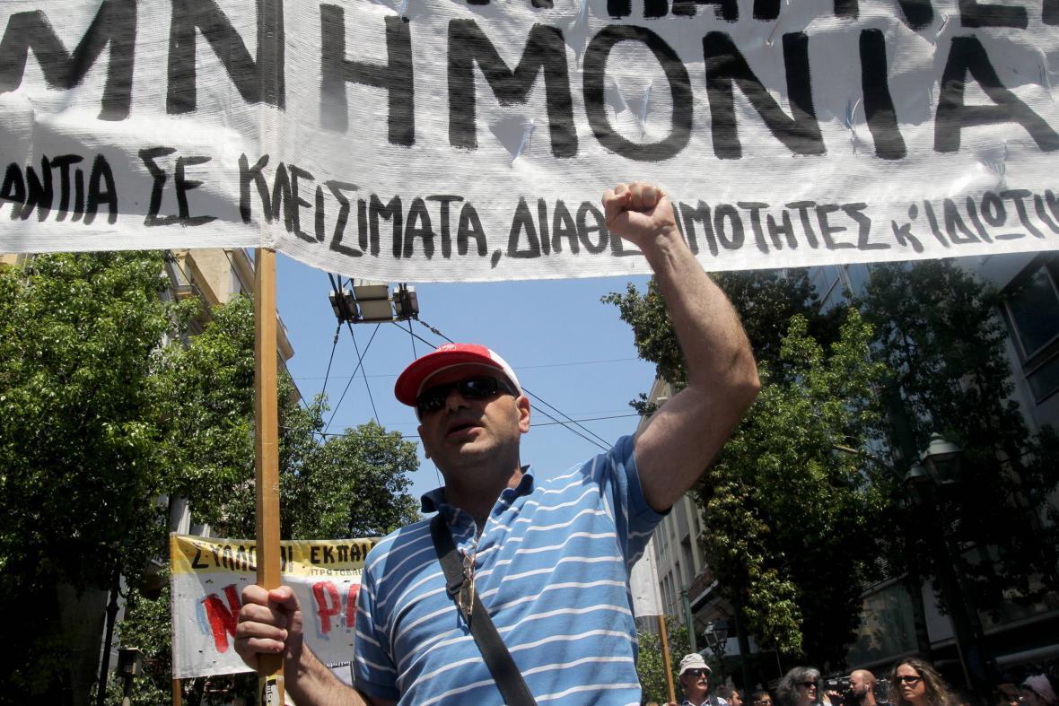 Někteří řekové s navrhovanými reformami nesouhlasí