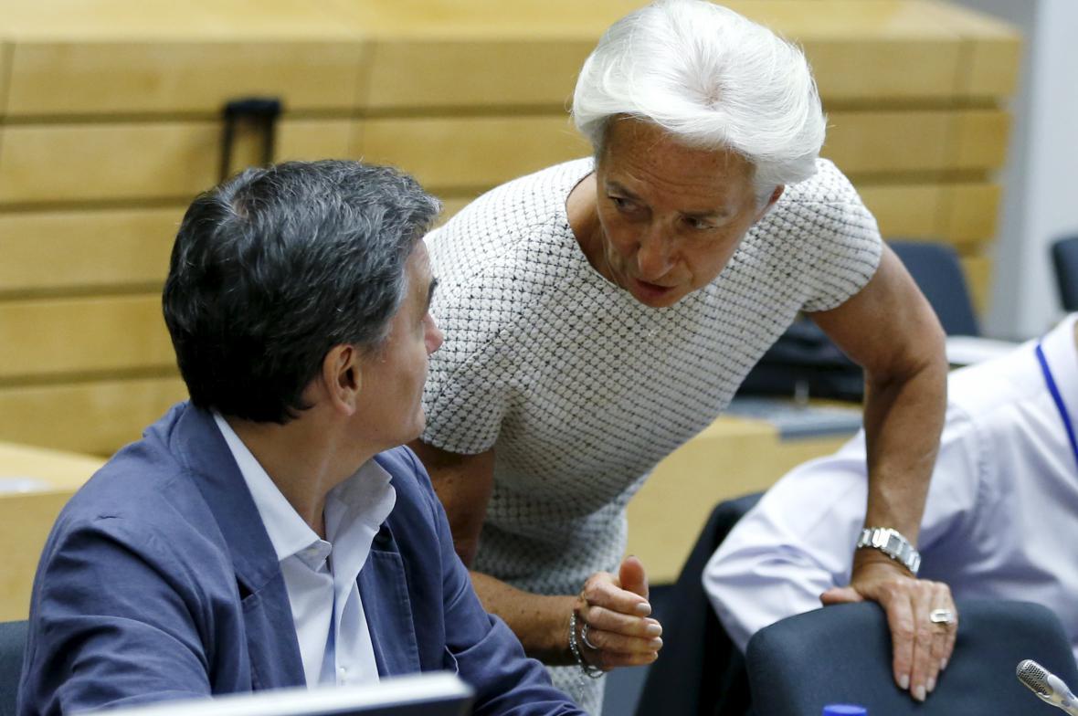 Šéfka IMF Lagardeová s řeckým ministrem financí Tsakalotosem