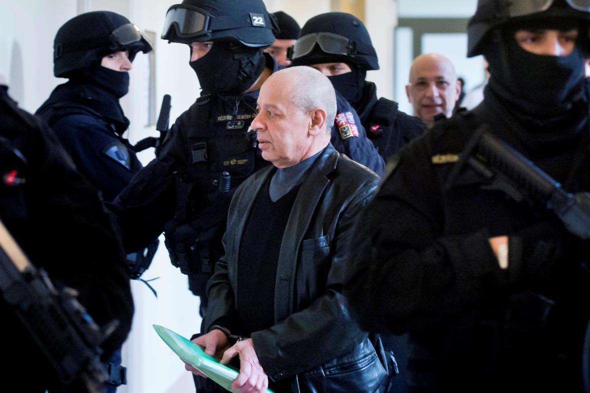 Chálid Marabi u Městského soudu v Praze (18. prosince 2014)