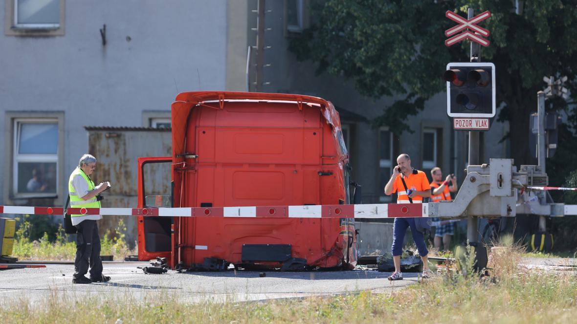 U Studénky se srazilo pendolino s kamionem