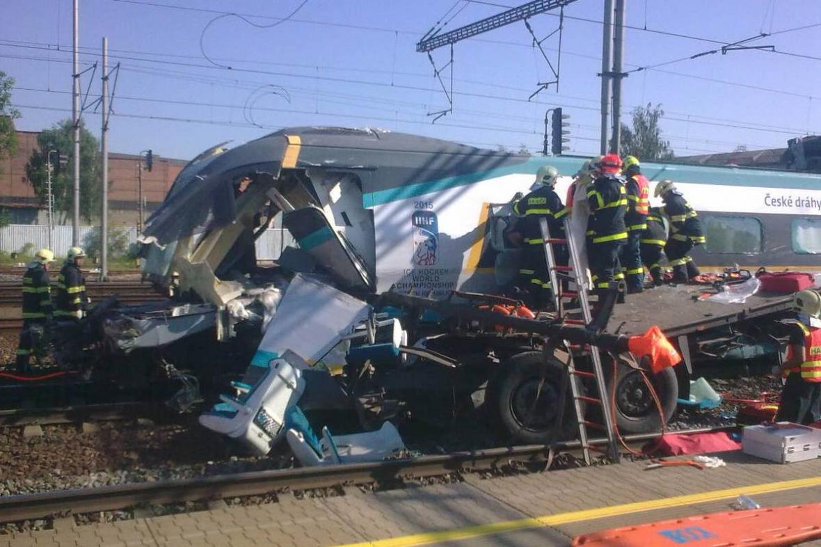 Nehoda pendolina u Studénky