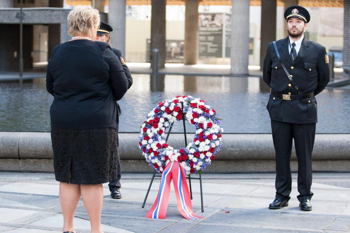 Piety se zúčastnila i norská premiérka Erna Solbergová