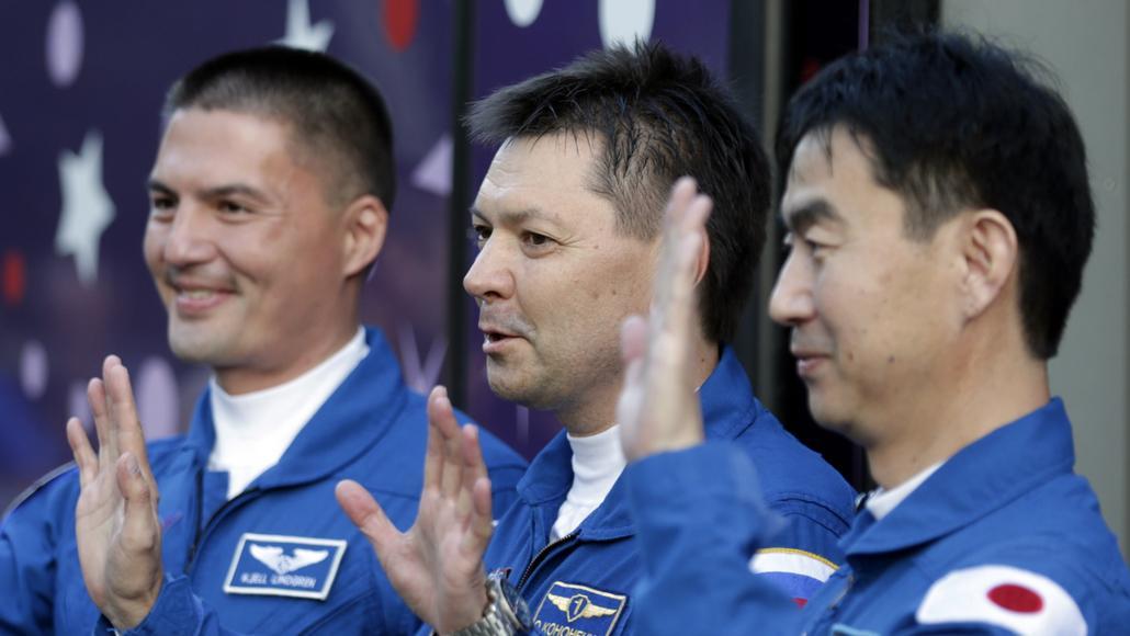 Posádka ve složení Kjell Lindgren, Oleg Kononěnko a Kimija Jui