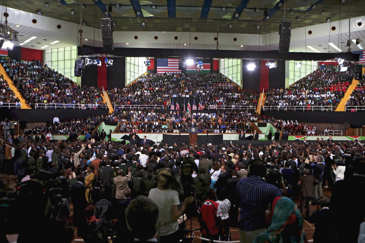 Projev Baracka Obamy na stadionu v Nairobi