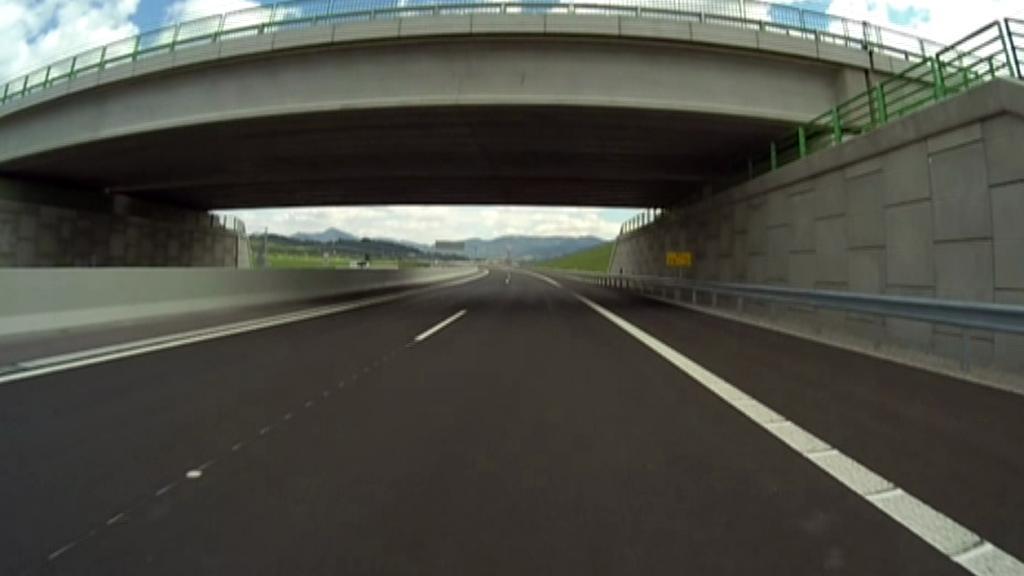 Vizualizace nové dálnice u Vrútek