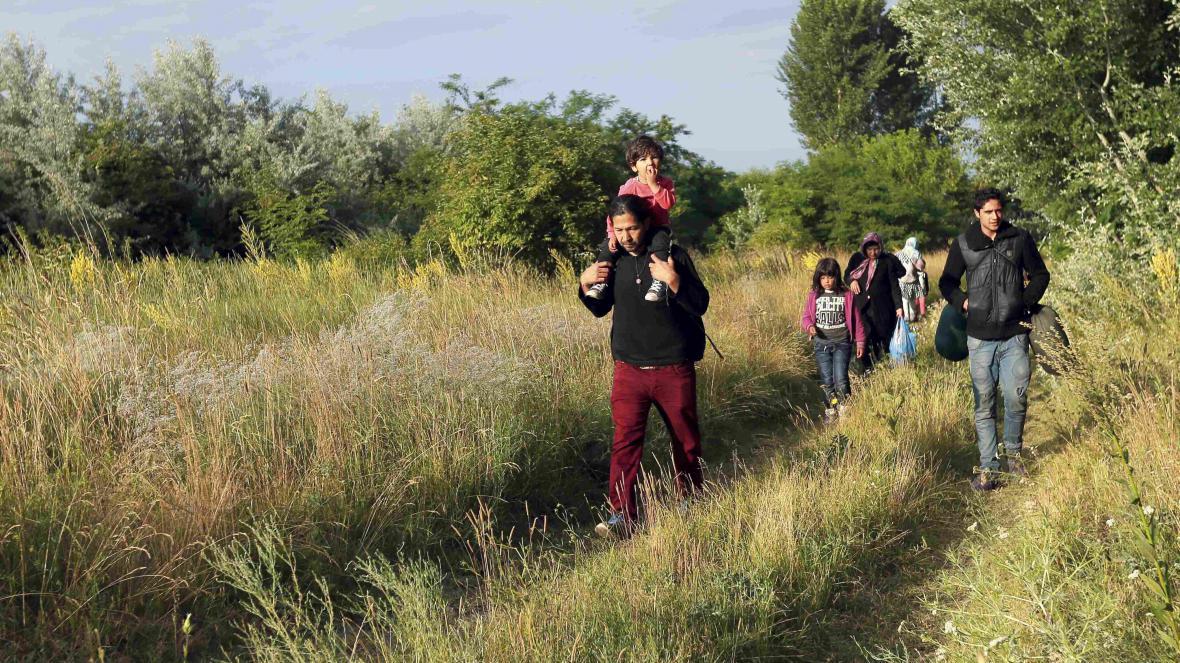 Migranti v Maďarsku po překročení srbských hranic