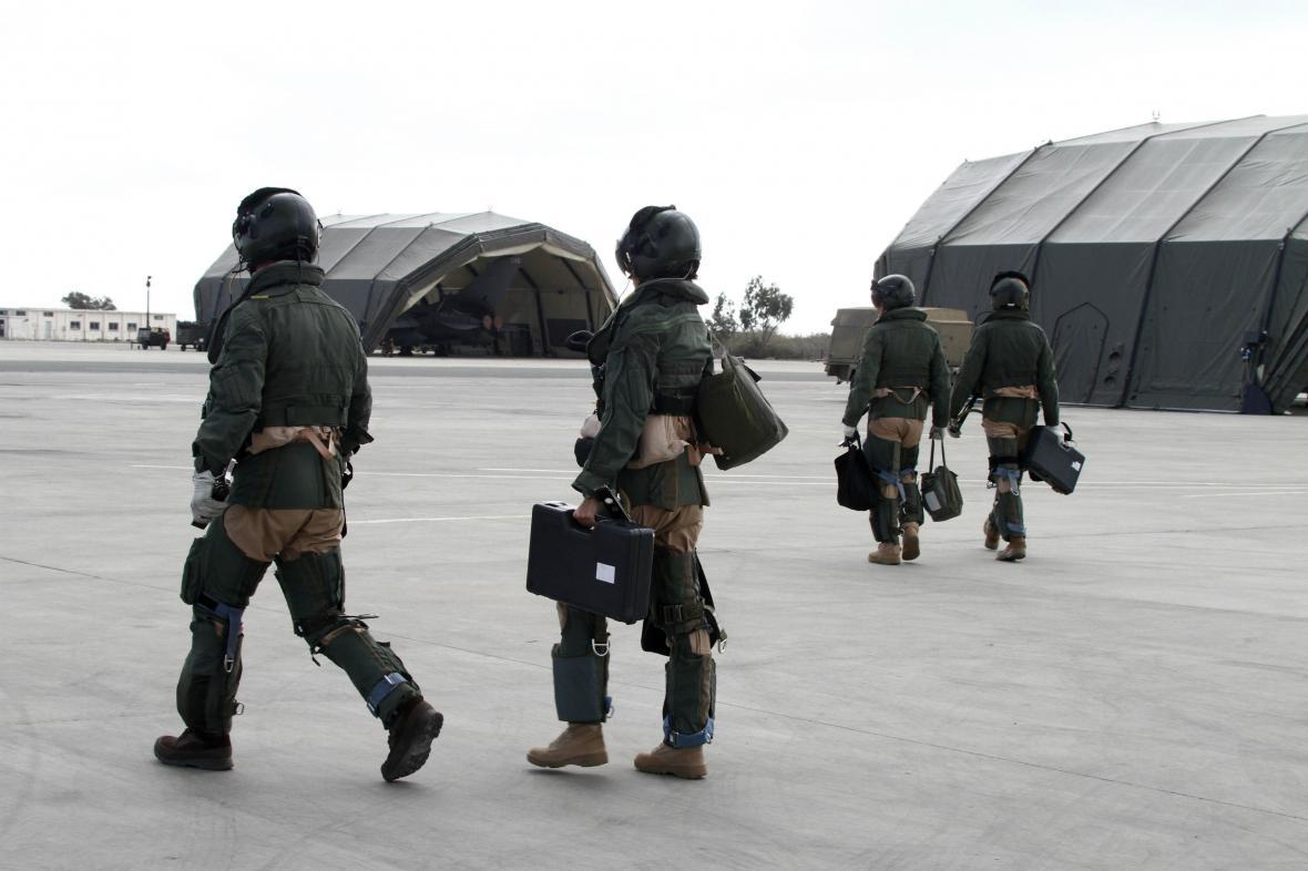 Piloti britského letectva