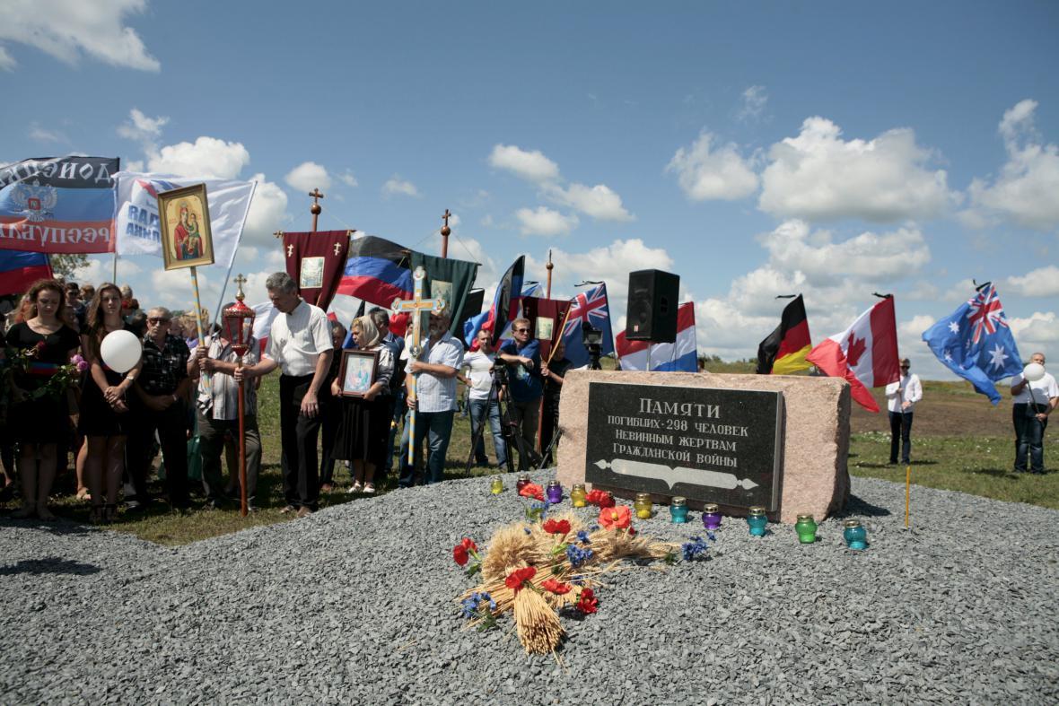 Rok od pádu MH17