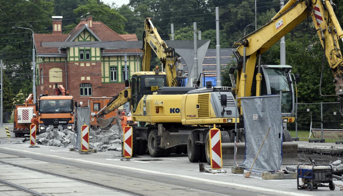 Rekonstrukce vytížené křižovatky Mariánskohorská a 28. října v Ostravě