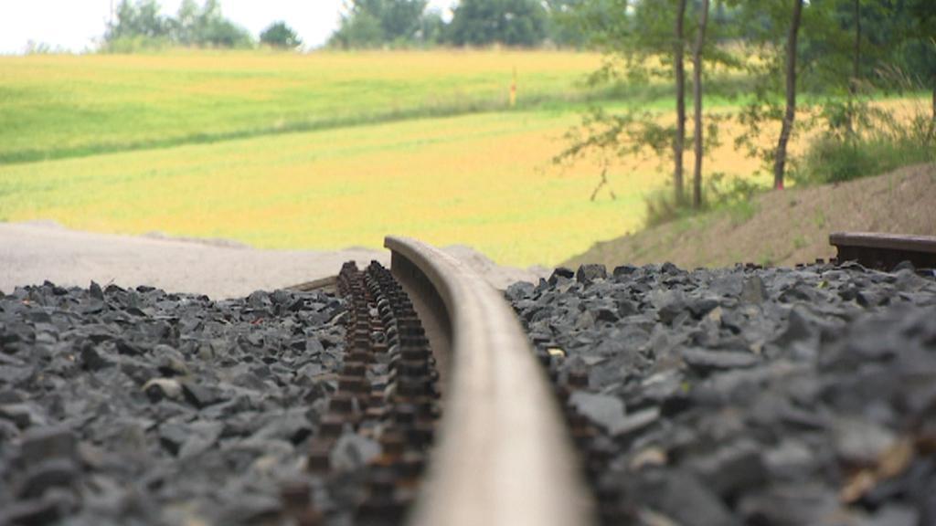 Koleje železniční trati tzv. Vlaku svobody