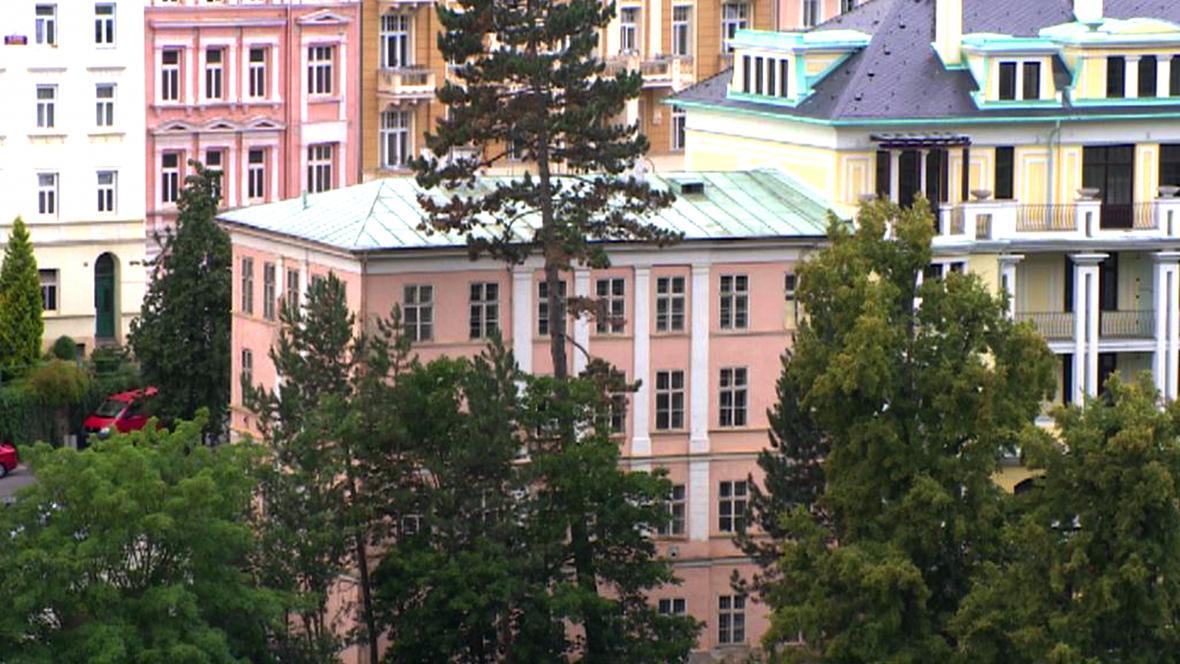 Karlovarský dům na Zámeckém vrchu