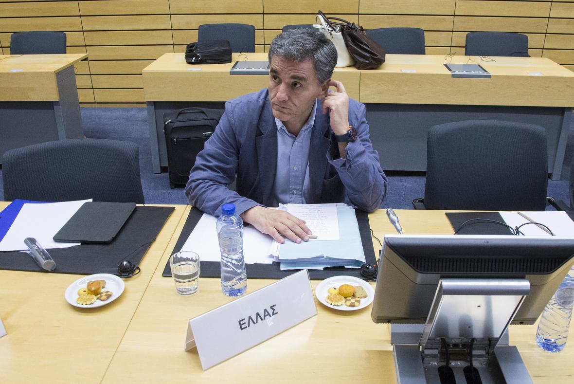 Řecký ministr financí Euklidis Tsakalotos na jednání euroskupiny