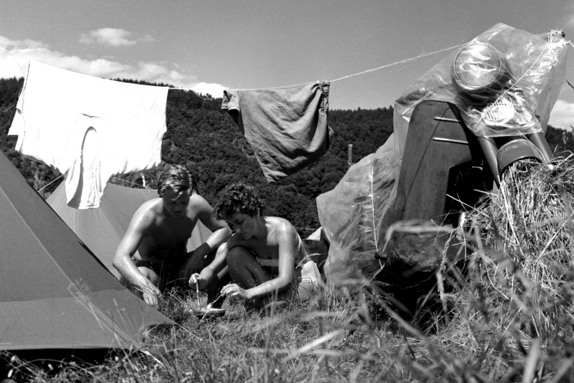 Stanování na Slapech (1963)