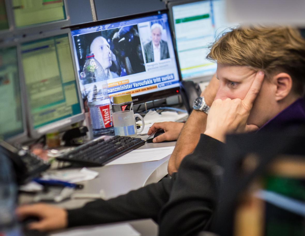 První den obchodování po řeckém referendu na burze ve Frankfurtu
