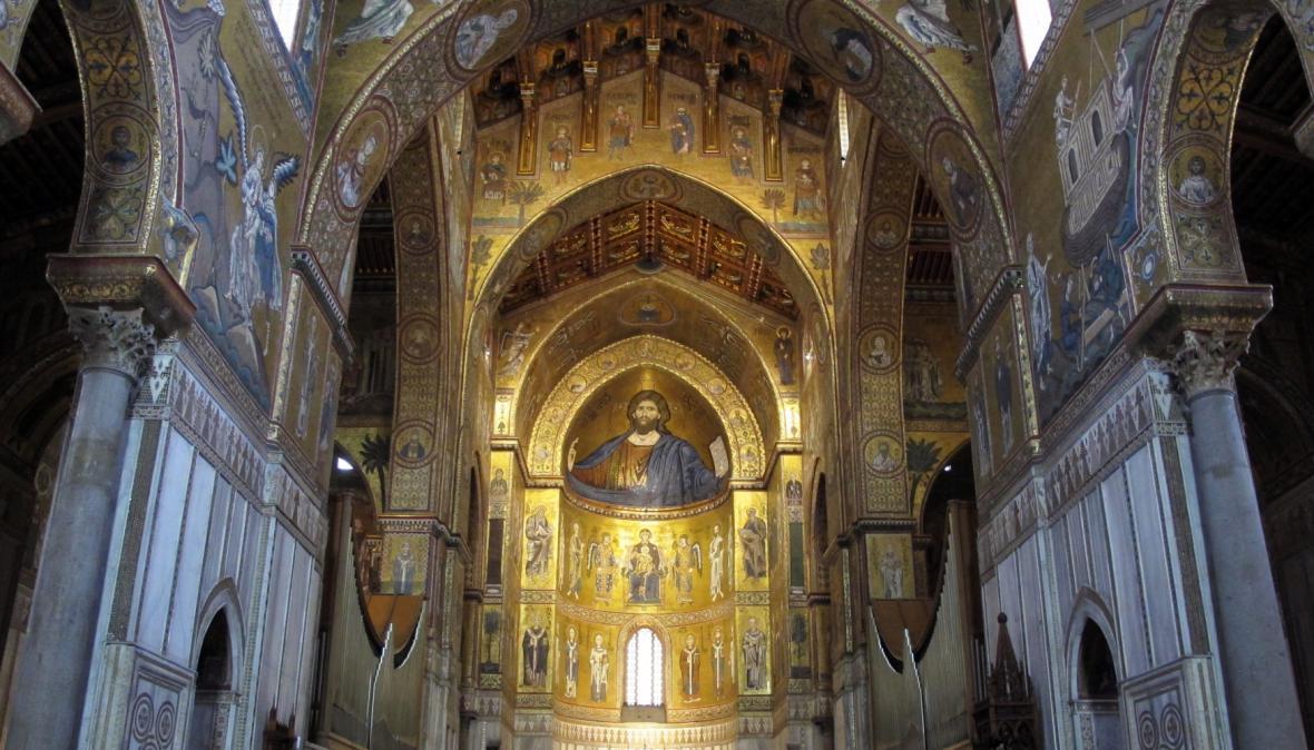 Vnitřek katedrály v Monreale