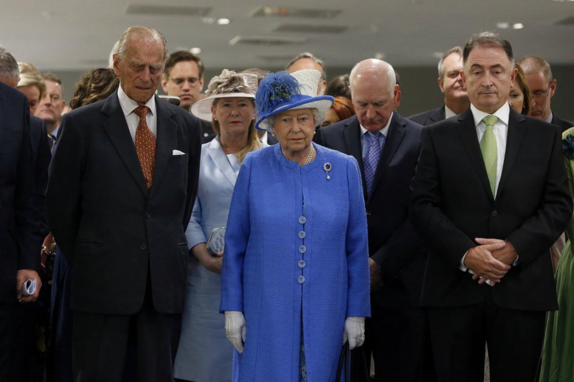 Minutu ticha za oběti z Tuniska držela i královna