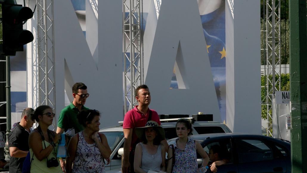 Své shromáždění svolali i příznivci úsporné politiky Řecka