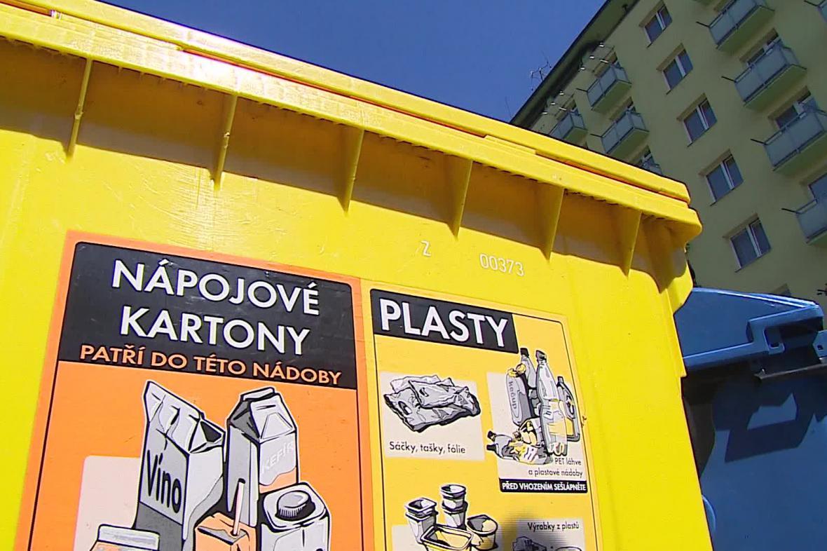 Kontejner na třídění plastů