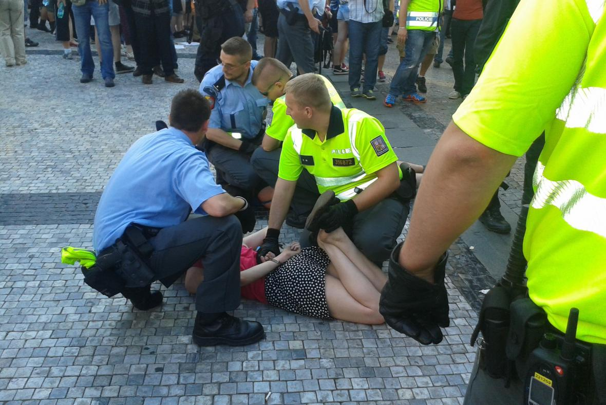 Zásah policie na demonstraci proti islámu