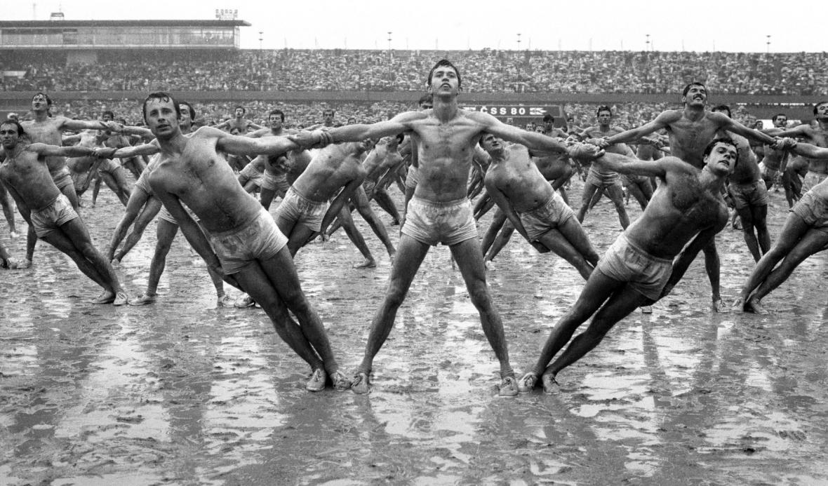Historie Velkého strahovského stadionu
