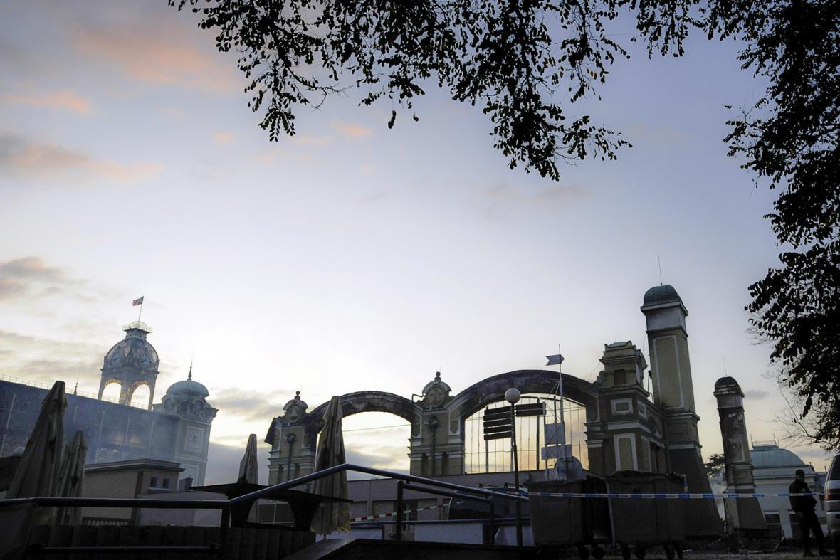 Průmyslový palác po požáru v roce 2008