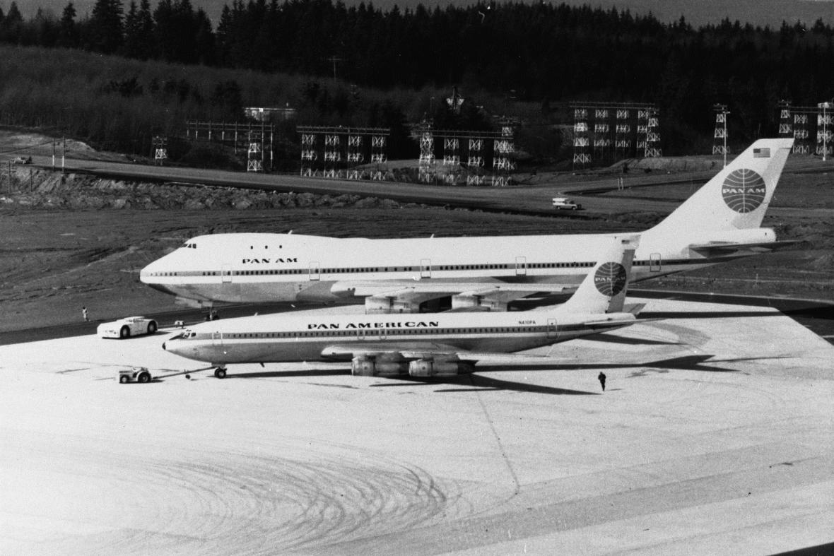Boeingy 747 a 707
