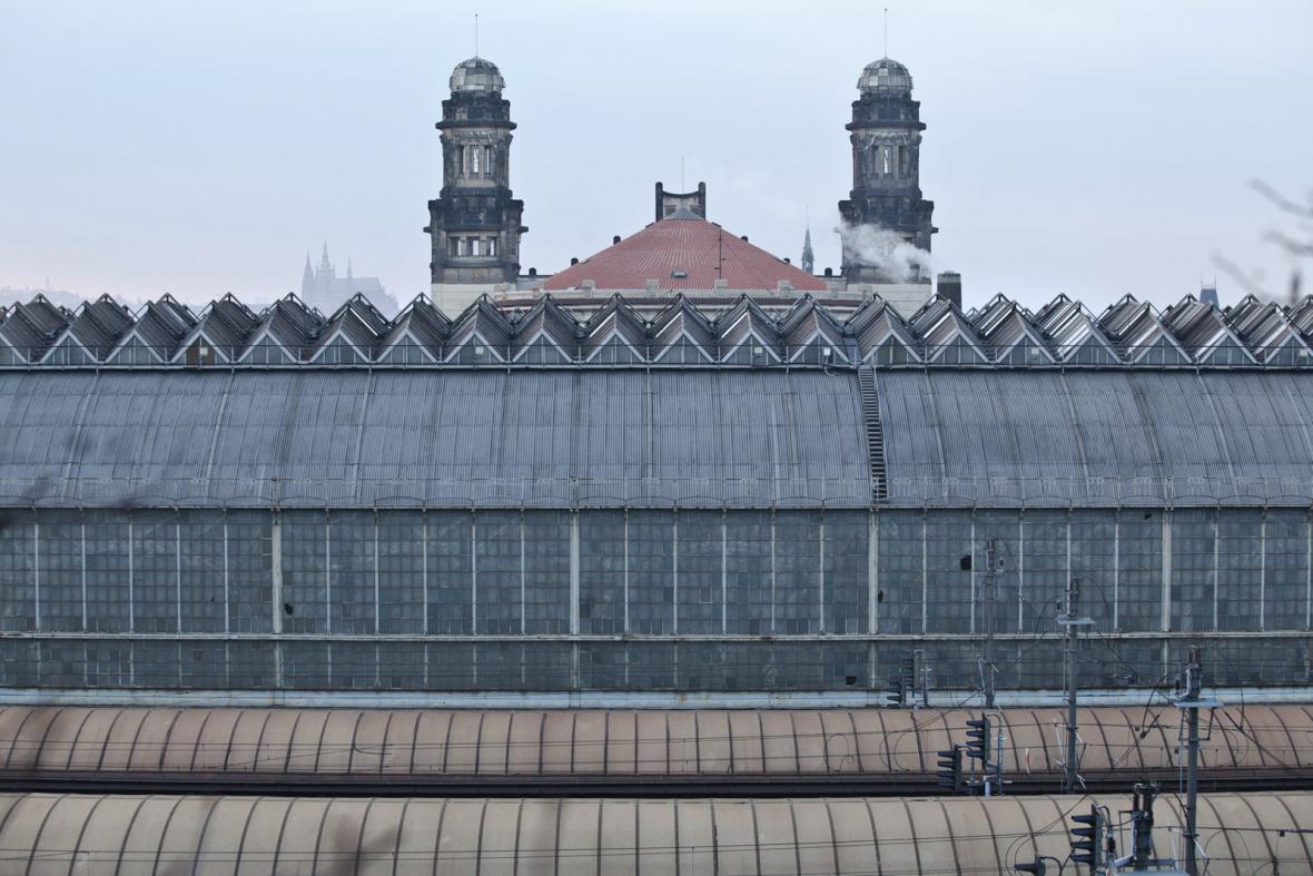 Oprava střechy hlavního nádraží